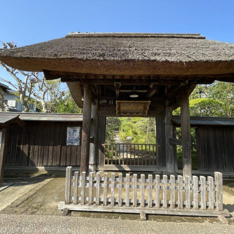 木曽義高と大姫の墓がある鎌倉市大船の粟船山常楽寺